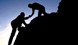 Seja competente, profissional, inovador, mas sobretudo seja humano